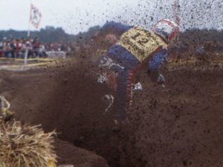Laporte won the title with a 2nd place in the final moto