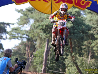 Desalle won 2 out of the 3 final GP's