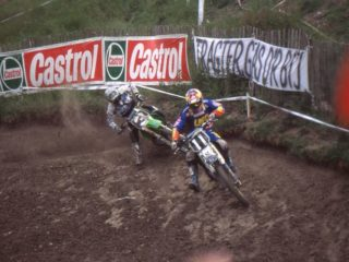 Paul Malin in a fight with Tortelli